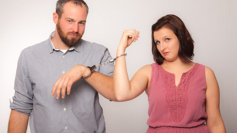 Un avocat s'occupe de votre divorce
